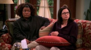 Two and a Half Men 01x23 : Just Like Buffalo- Seriesaddict